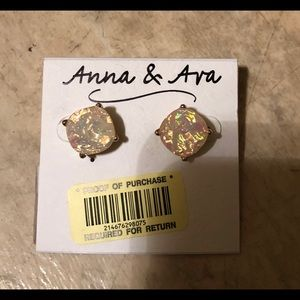 Anna and Ava gold stud earrings